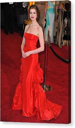 Anne Hathaway Wearing Valentino Dress Canvas Print by Everett