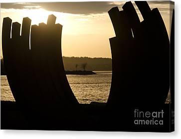 Arcs Sunset Bernar Venet Sculpture Sunset Beach Park Vancouver Bc Canada Canvas Print by Andy Smy