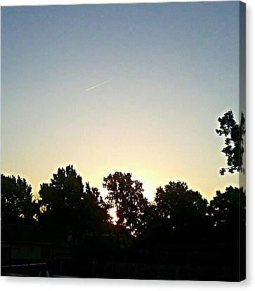 As The Sun Prepared To Rise.... #sky Canvas Print by Kel Hill