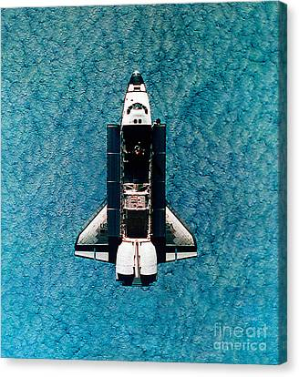 Atlantis Space Shuttle Canvas Print by Science Source