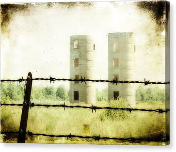 Barbed Wire Canvas Print by Gothicrow Images