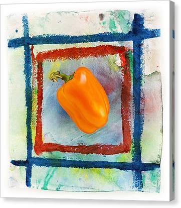 Bell Pepper  Canvas Print by Igor Kislev