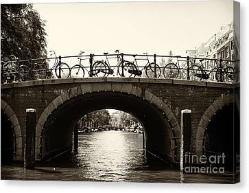 Bicycles Of Amsterdam Canvas Print by Leslie Leda