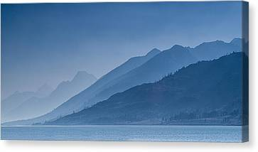 Blue Mountain Ridges Canvas Print by Andrew Soundarajan