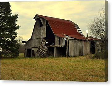 Bootheel Barn Canvas Print by Marty Koch