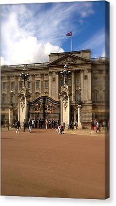 Buckingham Palace Canvas Print by John Colley
