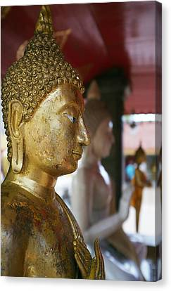 Buddha Figure At Way Doi Suthep Canvas Print by Toby Williams