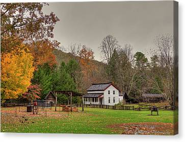 Cable Mill House Canvas Print by Charles Warren