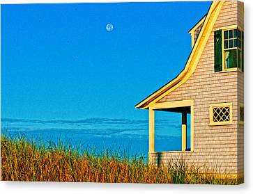 Cape Cod Bay House Canvas Print by Linda Pulvermacher