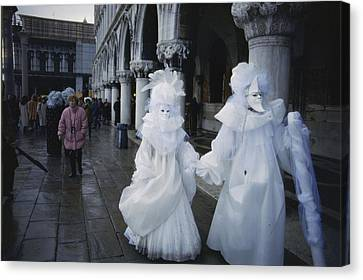 Carnival Goers On The Streets Of Venice Canvas Print by Sam Abell