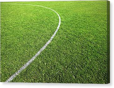 Center Circle On Football Pitch Canvas Print by Richard Newstead