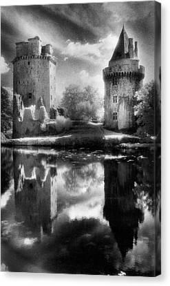 Chateau De Largoet Canvas Print by Simon Marsden