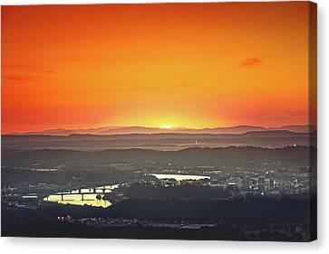Chattanooga Sunrise Canvas Print by Steven Llorca