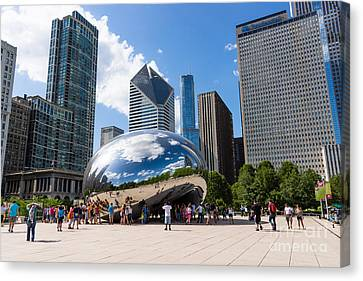 Chicago Bean Cloud Gate With People Canvas Print by Paul Velgos