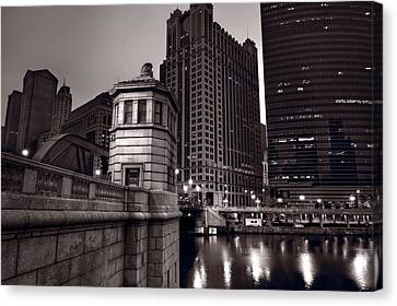 Chicago River Bridgehouse Canvas Print by Steve Gadomski