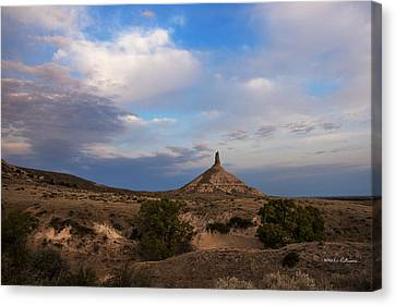 Chimney Rock On The Oregon Trail Canvas Print by Edward Peterson