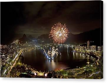 Christmas In Rio 2 Canvas Print by Sergio Bondioni