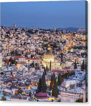 Church Of The Annunciation Canvas Print by Noam Armonn