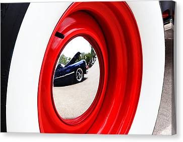 Classic Cars 042 Canvas Print by Charley Starnes