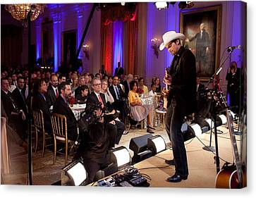 Country Singer Brad Paisley Performs Canvas Print by Everett