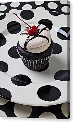 Cupcake With Cherry Canvas Print by Garry Gay