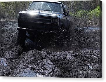 Dodge Ramcharger In Local Mud Canvas Print by Lynda Dawson-Youngclaus