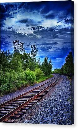 Duluth Railway Canvas Print by Linda Tiepelman