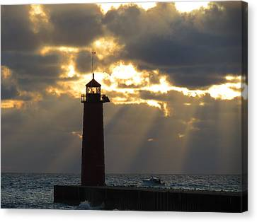 Early Morning Rays Canvas Print by Kay Novy
