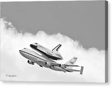 Enterprise Shuttle Over Ny Canvas Print by Regina Geoghan