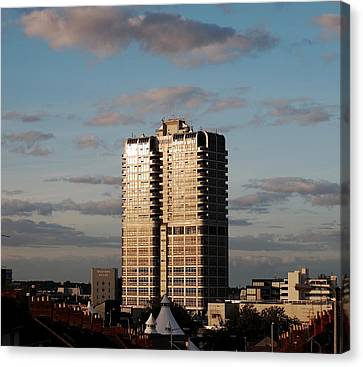 Evening View Of Murray John Tower In Swindon Canvas Print by Nick Temple-Fry