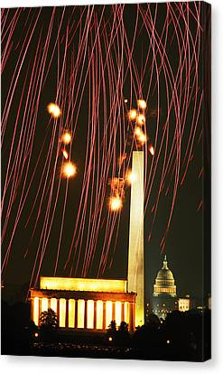 Fourth Of July In Dc Canvas Print by Carl Purcell