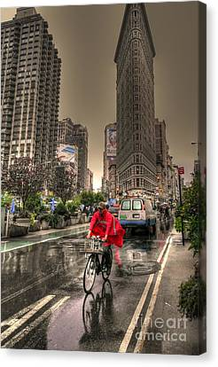 Flatiron In The Rain Canvas Print by David Bearden