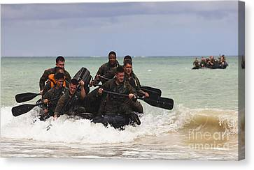 Force Reconnaissance Marines Paddle Canvas Print by Stocktrek Images