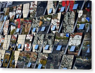 Fragmented Guggenheim Museum Bilbao Canvas Print by RicardMN Photography