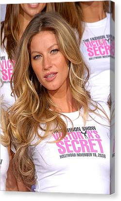 Gisele Bundchen At The Press Conference Canvas Print by Everett
