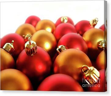 Gold And Red Xmas Balls Canvas Print by Carlos Caetano