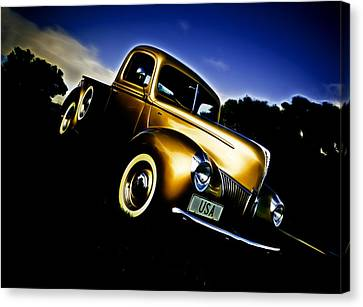 Golden V8 Canvas Print by Phil 'motography' Clark