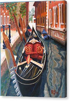 Gondola Veneziana Canvas Print by Robie Benve