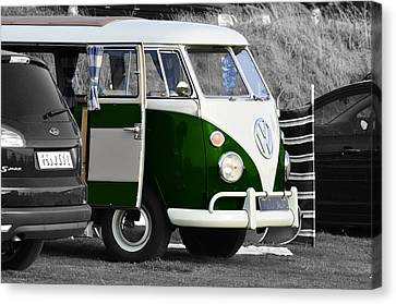 Green Vw Camper Canvas Print by Paul Howarth