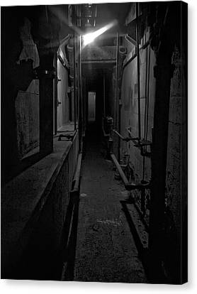Haunted 1946 Battle Of Alcatraz Death Chamber Canvas Print by Daniel Hagerman