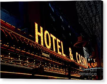 Hotel And Casino In Las Vegas Canvas Print by Susanne Van Hulst