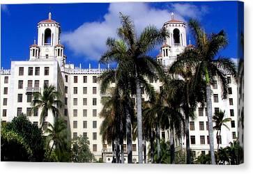 Hotel Nacional De Cuba Canvas Print by Karen Wiles