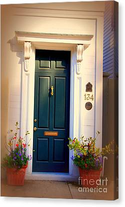 House Door 2 In Charleston Sc  Canvas Print by Susanne Van Hulst