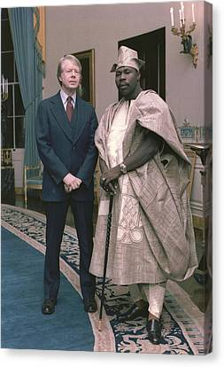 Jimmy Carter With Nigerian Ruler Canvas Print by Everett