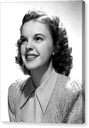 Judy Garland, Portrait Canvas Print by Everett