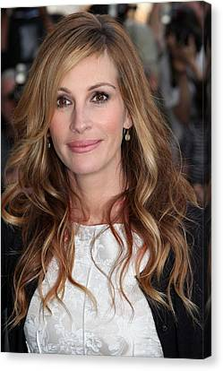 Julia Roberts At Arrivals For The Film Canvas Print by Everett