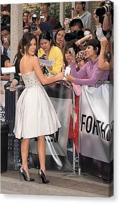 Kate Beckinsale Wearing An Elie Saab Canvas Print by Everett