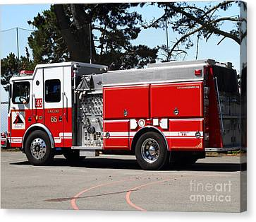 Kensington Fire District Fire Engine . 7d15854 Canvas Print by Wingsdomain Art and Photography