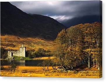 Kilchurn Castle, Scotland Canvas Print by John Short