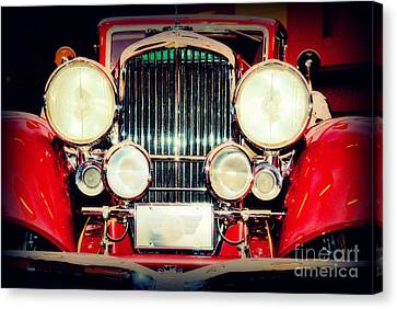 King Of The Road Canvas Print by Susanne Van Hulst